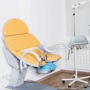 産婦人科の診察台